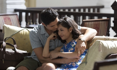 review of crazy rich asians blu ray combo family home theater. Black Bedroom Furniture Sets. Home Design Ideas